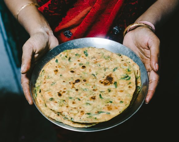 Methi Paratha (Flat Bread with Fenugreek)